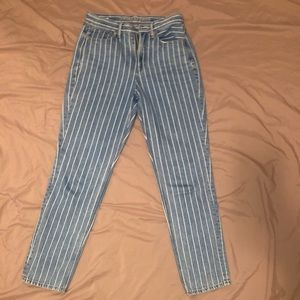 Stripped mom jeans!